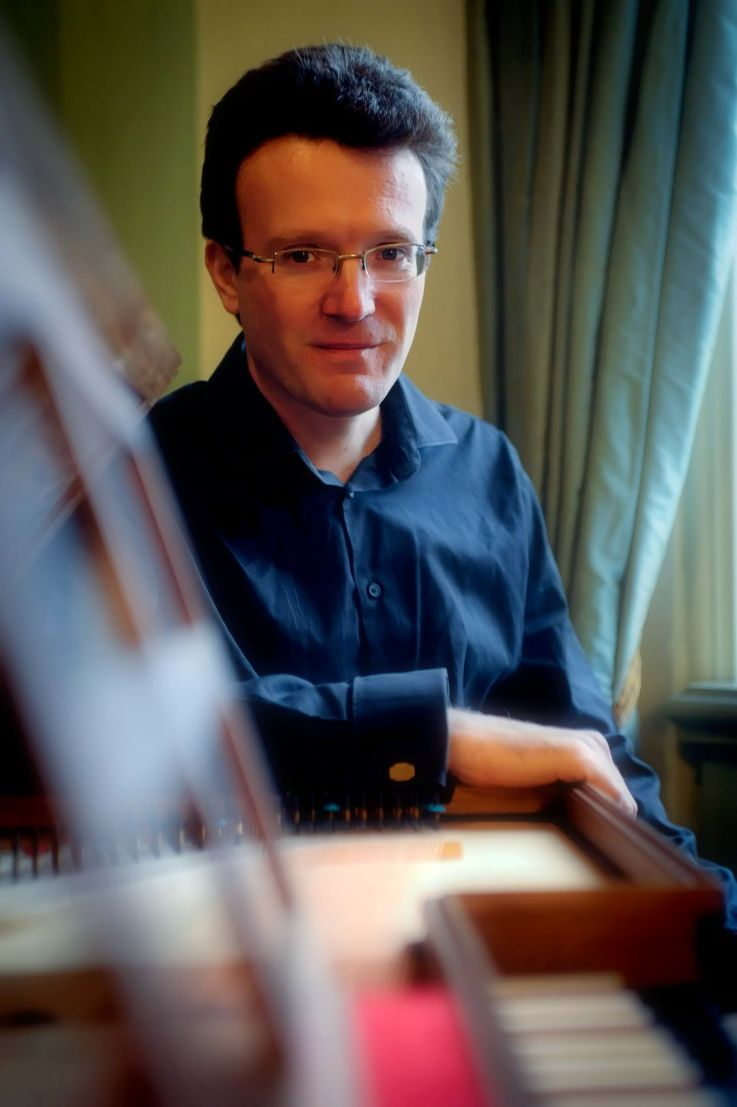 Julian Perkins, harpsichord